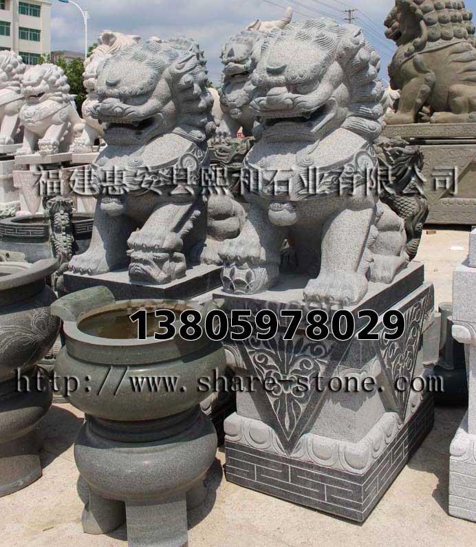 商业化石雕狮子雕像